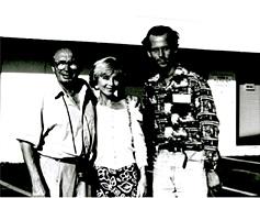Der Oscar nominierte Regisseur Jean  Charles Tacchella  mit seiner Frau und  Michael Walde-Berger
